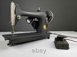 1940 Singer 66-18 Sewing Machine with the Godzilla/Crinkle Finish