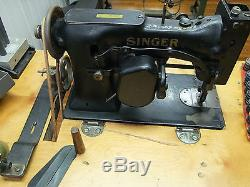 Antique SINGER Zig Zag Sewing Machine 107w19 withTable, Industrial, Leather Gloves
