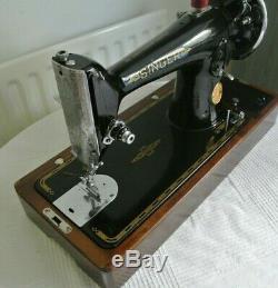 Beautiful Singer 201K Handcrank Semi-Industrial Sewing Machine(SEE LEATHER SEWN)