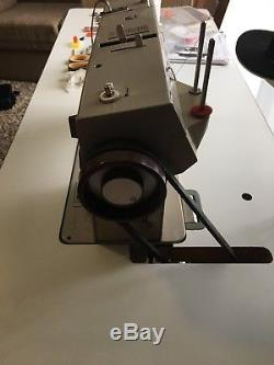 Bernina 950 Industrial Sewing Machine With Motor, light, thread bar And Table