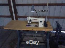 Consew 206RB-3 Industrial Walking Foot Sewing Machine Very Good condition Japan