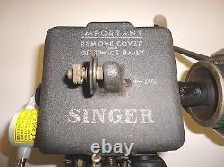 FUR SEWING MACHINE Vintage Singer 176-21