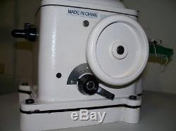 Fur sewing industrial sewing machine Taurus 402