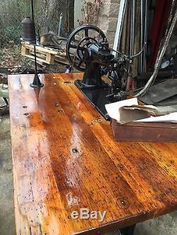 Great Singer Model 7-34 Industrial Sewing Machine