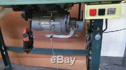 Industrial Sewing Machine Consew 199R-2A zig zag 3 step Commercial sews great