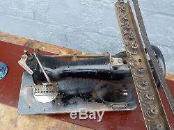 Industrial Sewing Machine Model Singer 52 class-12 needle sherring