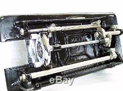 JUKI INDUSTRIAL STRENGTH HEAVY DUTY SEWING MACHINE up to 16oz Leather 3/8 Lift