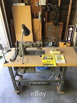 Juki Commercial sewing machine LU-562