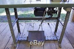 Juki LU-562 Industrial Sewing Machine