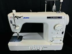 Juki TL-2010Q High Speed Semi-Industrial Sewing / Quilting Machine Pre-Owned