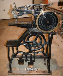 Leather Harness Saddle Sewing Machine United British Pearson #6 Sews Well