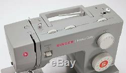 New Singer Heavy Duty Sewing Machine Industrial Portable Leather Embroidery 4423