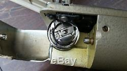 PFAFF 332 INDUSTRIAL QUALITY SEWING MACHINE With FOOT PEDAL VINTAGE 1950s GERMANY