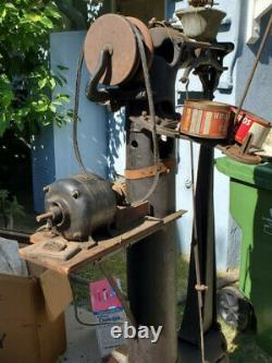 Puritan Leather Sewing Machine Boots Handbags Saddles High Post 1/4 HP
