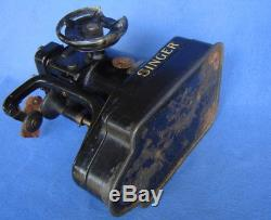 RARE SINGER 46K INDUSTRIAL COMMERCIAL SEWING MACHINEFUR LEATHER GLOVE SAILAsIs