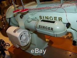 Rare Singer 320k F/a Piano Key Pattern Heavy Duty Semi Industrial Sewing Machine
