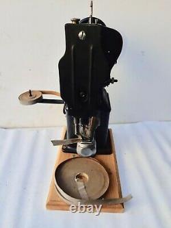 Rare vintage Singer 108W20 Lock Stitch Industrial sewing machine