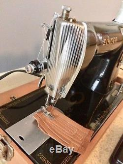 SINGER 15 Industrial Strength HEAVY DUTY Sewing Machine 1956 Leather Canvas