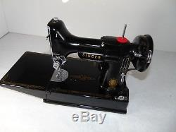 SINGER 221 FEATHERWEIGHT Industrial Strength Sewing Machine
