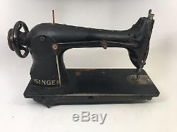 SINGER 31-15 Heavy Duty Industrial Leather Sewing Machine 2