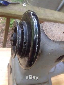 SINGER 47W66 Cylinder Bed Lockstitch Edge Stitching Industrial Sewing Machine