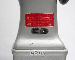 SINGER 52W22 Post Bed 2-Needle 1/4 Gauge Industrial Sewing Machine Head Only
