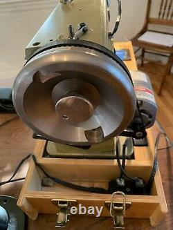 Sailrite GG29-1 Sewing Machine Long Arm. Heavy Duty