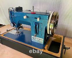 Sailrite Ultrafeed Zigzag Model No. LSZ-1 Portable Sewing Machine