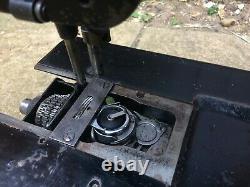 Singer 110W124 Wheel/Roller Feed Lockstitch Industrial Sewing Machine