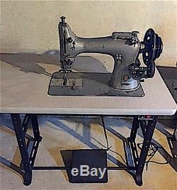 Singer 132K6 Industrial Sewing Machine