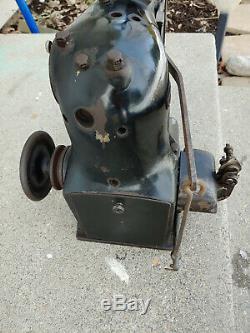 Singer 148-12 Industrial sewing Machine Antique Vintage collectors 148 12