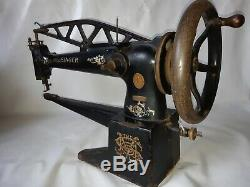 Singer 29K33 Leather cobbler Industrial sewing machine long arm