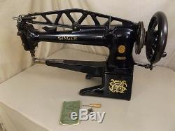 Singer 29K60 Sewing Machine Cobbler Shoes Boots Leather Industrial Long Arm