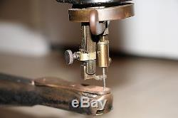 Singer 29-4 Antique Industrial Sewing Machine Vintage Cobbler Leather Patcher