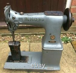 Singer 52W22 Twin Needle Post-bed Industrial Lockstitch Vintage Sewing Machine