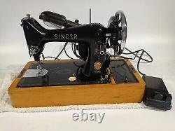 Singer 99K Vintage Electric Semi Industrial Sewing Machine Decorative Untested