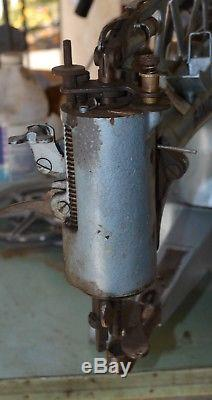 Singer Cast Iron Industrial 29K71 Cobbler Leather Treadle Sewing Machine