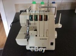 Singer Ultralock 14u234 Overlock Sewing Machine + Foot Pedal