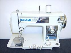 TOYOTA Heavy Duty INDUSTRIAL STRENGTH Sewing Machine Upholstery All Steel