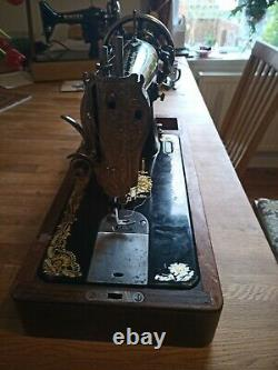 VINTAGE SINGER 15K HAND-CRANK SEWING MACHINE Sphinx decals Leather Upholstery