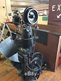 Vintage Singer 97-10 Commercial Industrial Leather Sewing Machine