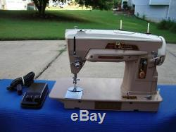 Vintage Singer Industrial 403 403A Sewing Machine Super Clean. Tested
